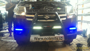Tanduk apv model fortuner silver with DRL